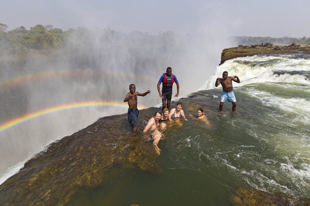 Images And Places Pictures And Info Victoria Falls Devils Pool Fatality